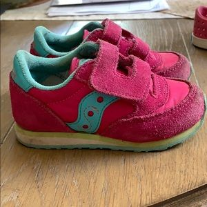 Saucony toddler sneakers